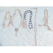 Traia tran�ada de couro cru com argolas de serrilha de alpaca e central