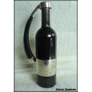 Suporte de alpaca e al�a de chifre de bode para servir vinho