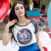 Camiseta Raglan Feminina Luan Santana 1977 The Time is Now